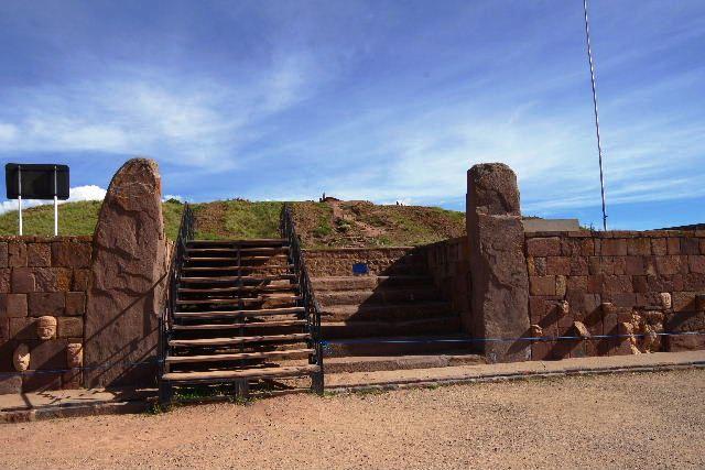 ボリビアの旅(42) 【世界遺産】 ティワナク遺跡 TIWANAKU_c0011649_7453731.jpg