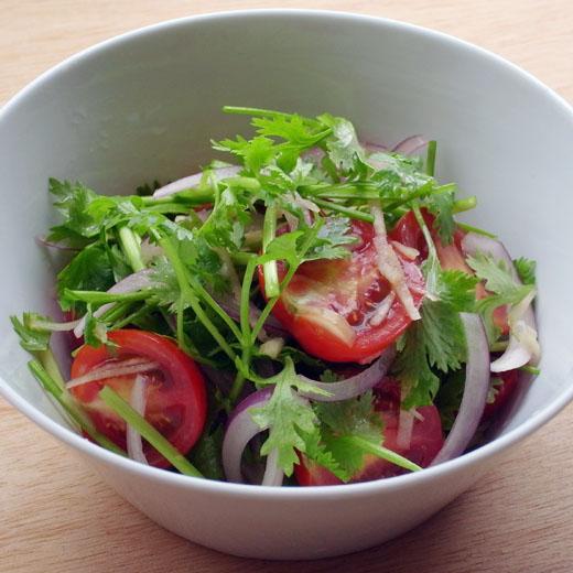 パクチー サラダ