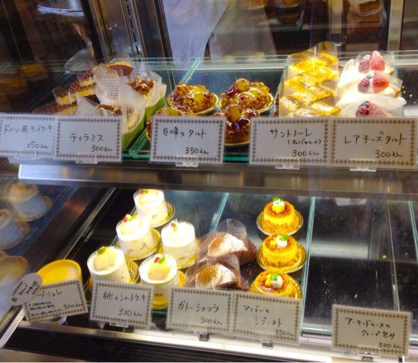 cafe  ATRE(アートゥル)_e0292546_22105134.jpg