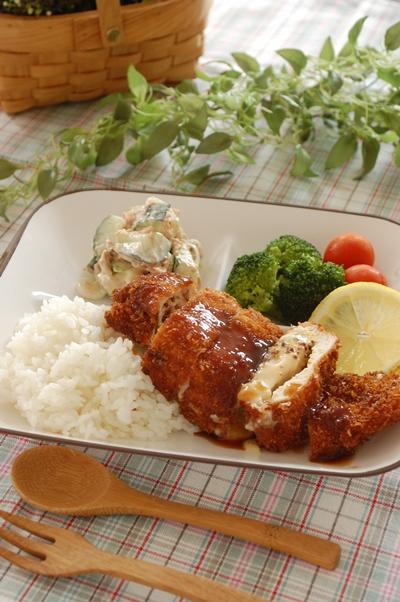 鶏胸肉でとろ~り【チーズマスタードカツ☆】_d0104926_16531150.jpg
