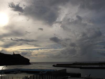 9月 12日 夜のお散歩inナーマ浜近くです。_b0158746_18363895.jpg