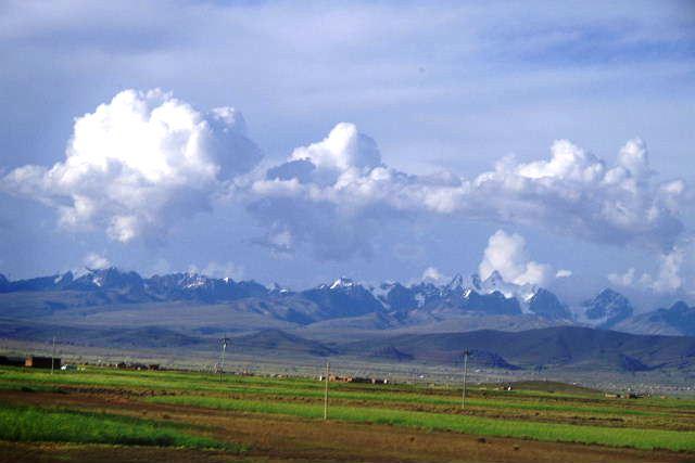 ボリビアの旅(43) ティワナクからラパスへ戻る。_c0011649_642547.jpg