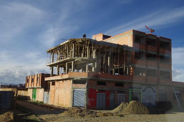 ボリビアの旅(43) ティワナクからラパスへ戻る。_c0011649_719432.jpg