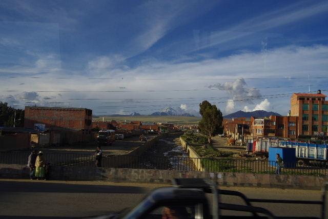 ボリビアの旅(43) ティワナクからラパスへ戻る。_c0011649_725378.jpg