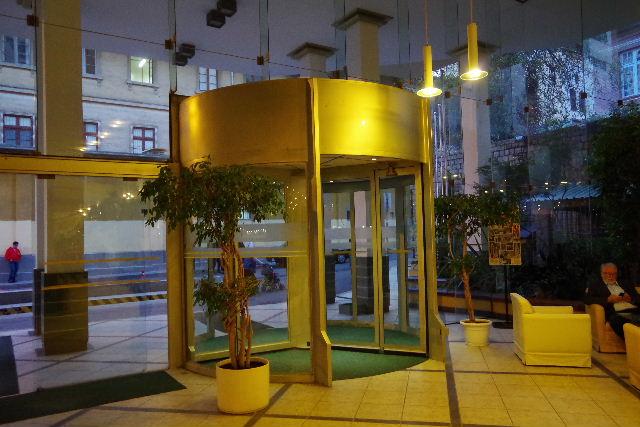 ボリビアの旅(44) ラパスのホテル・エウロパ EUROPAへ_c0011649_024016.jpg