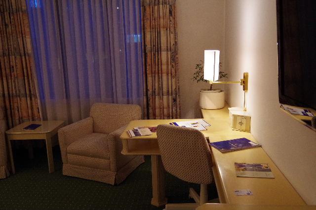 ボリビアの旅(44) ラパスのホテル・エウロパ EUROPAへ_c0011649_0261432.jpg