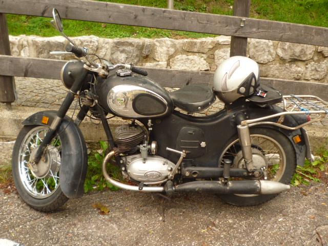オーストリアのバイク_f0002755_199515.jpg
