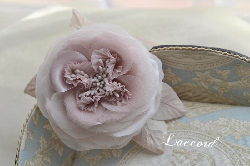 薔薇のコサージュ_f0275956_119984.jpg