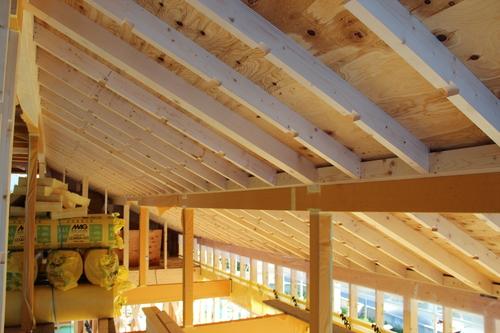 Q1住宅-X3青森:屋根構面GW400mm_e0054299_1553828.jpg