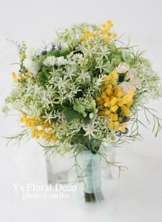 ナチュラルな花冠にあわせるクラッチブーケ_b0113510_012361.jpg