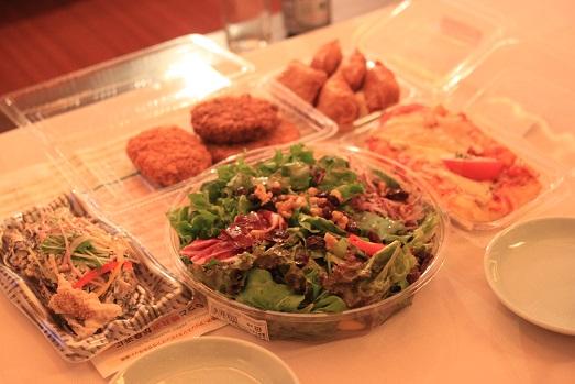 軽井沢旅行1日目はスーパーツルヤのお惣菜で夜ごはん♪_a0154192_18184388.jpg