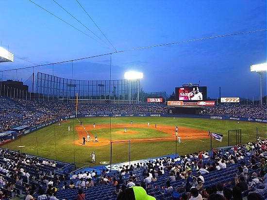 神宮球場 ヤクルトvs横浜DeNA_d0022799_19482888.jpg