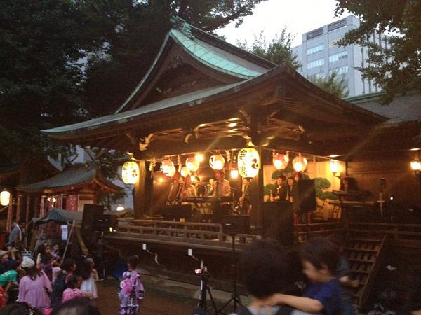 渋谷・金王八幡宮大祭に立ち寄る_a0000006_211957.jpg