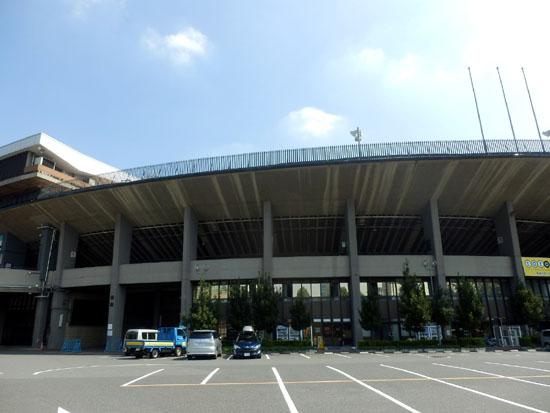国立競技場と新宿御苑_e0048413_15401673.jpg