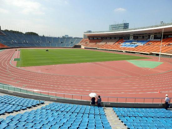 国立競技場と新宿御苑_e0048413_15403929.jpg