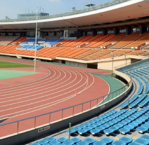 国立競技場と新宿御苑_e0048413_15405154.jpg