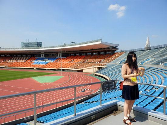 国立競技場と新宿御苑_e0048413_15412283.jpg