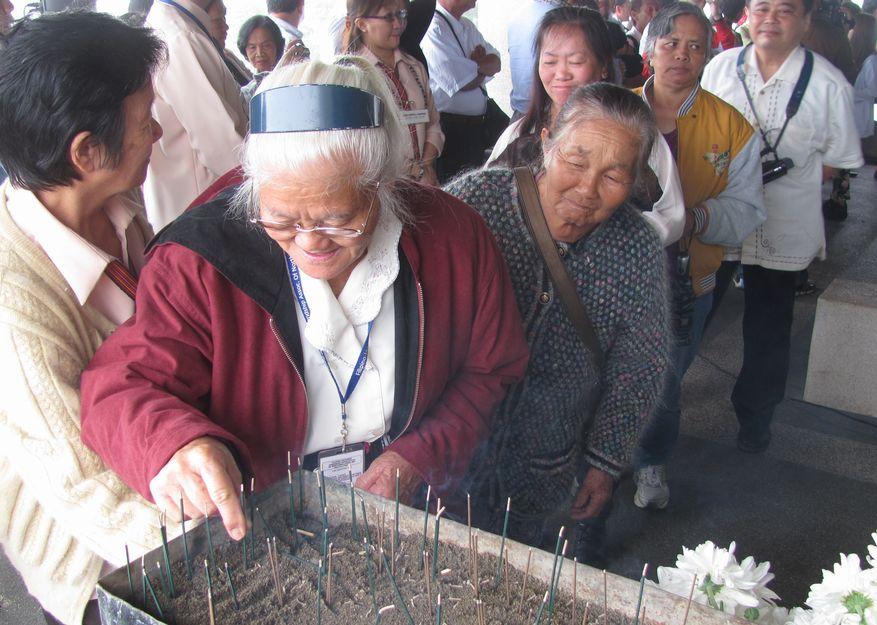 フィリピン・北ルソンの日系人 移民110周年を祝う Triple Anniversary, in Baguio_a0109542_1614457.jpg