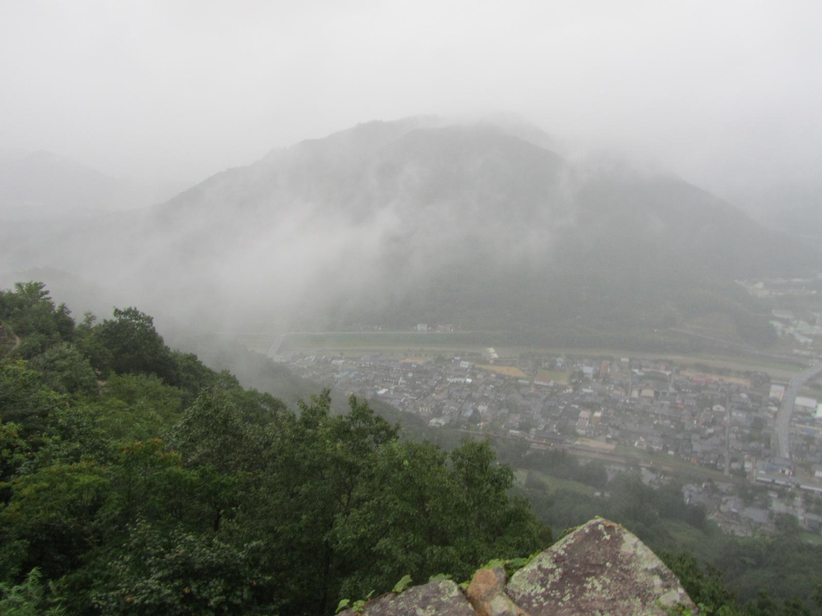 天空の「竹田城跡」②_a0100706_1823328.jpg