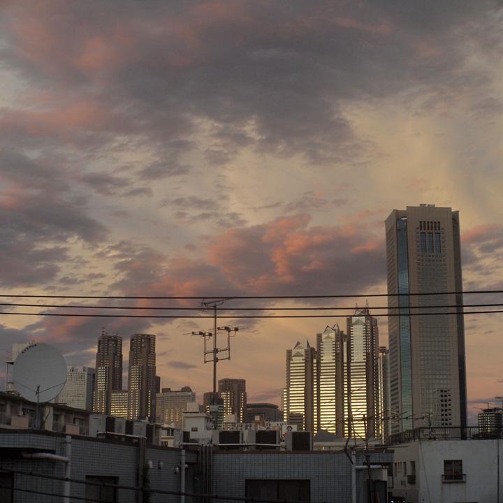 熱帯暴風通過夕景之図_b0058021_1826070.jpg
