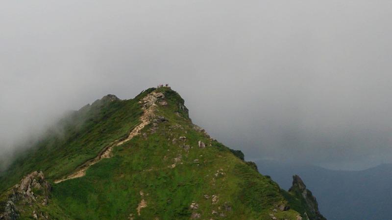 谷川岳へ_f0100825_9124342.jpg