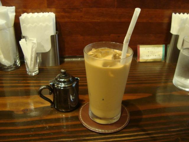 西荻窪「カフェ オーケストラ」へ行く。_f0232060_12202963.jpg