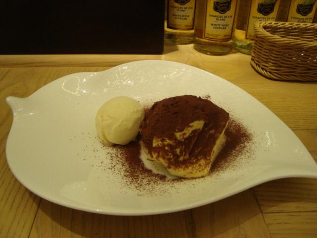 新宿「HATAKE CAFE ハタケカフェ」へ行く。_f0232060_12424174.jpg