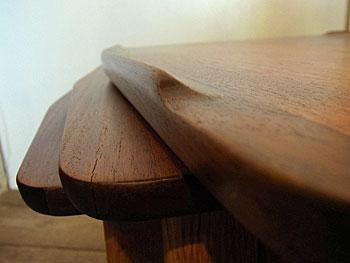 nesting table_c0139773_1551716.jpg