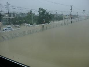 洪水_f0172281_654648.jpg
