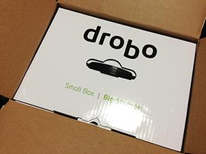 Drobo 5D 導入、データ移行中です。_b0194208_2374155.jpg