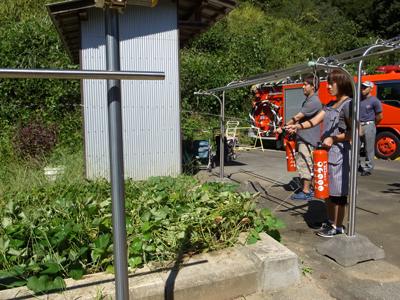 消防訓練を実施_a0154110_11245688.jpg