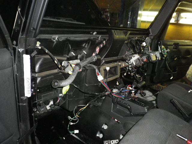 ラングラー エアコン&ヒーター修理 エバポ、ヒーターコア交換_b0123820_11393984.jpg