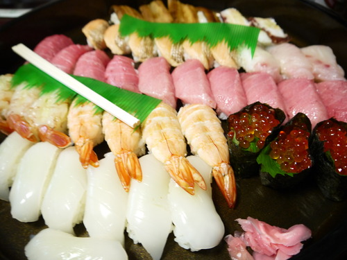足摺岬にゃんこ & 金剛福寺 & 皿鉢料理_e0133535_1462143.jpg