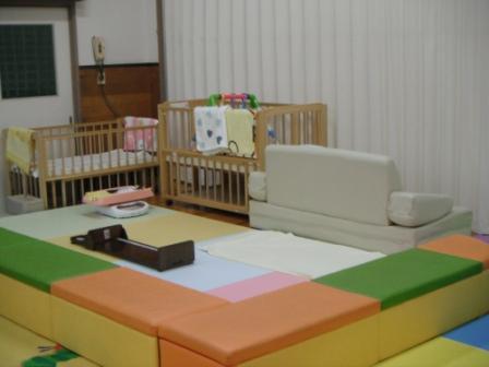 2013.09.17 ☆耐震化工事のため2階で開所しています☆_f0142009_13311212.jpg