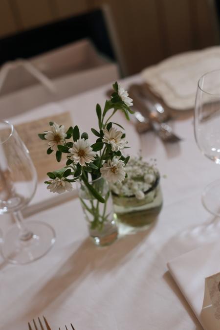 秋の卓上装花 ガラスの小瓶を並べて アンカシェット様へ_a0042928_17494858.jpg