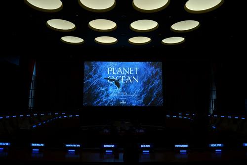 国連事務総長ら同席のもと、オメガ「プラネットオーシャン/海の惑星」を紹介_f0039351_16245713.jpg