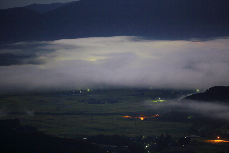月夜の雲海_e0183063_9251023.jpg