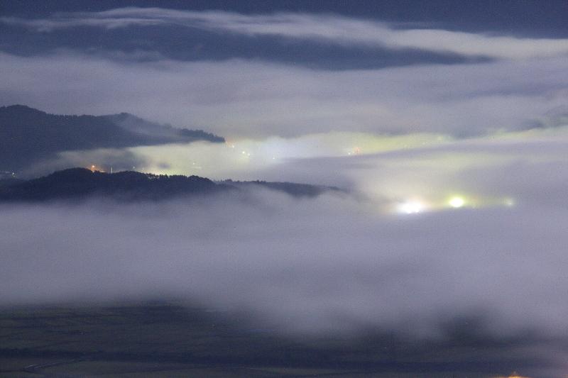月夜の雲海_e0183063_9253951.jpg