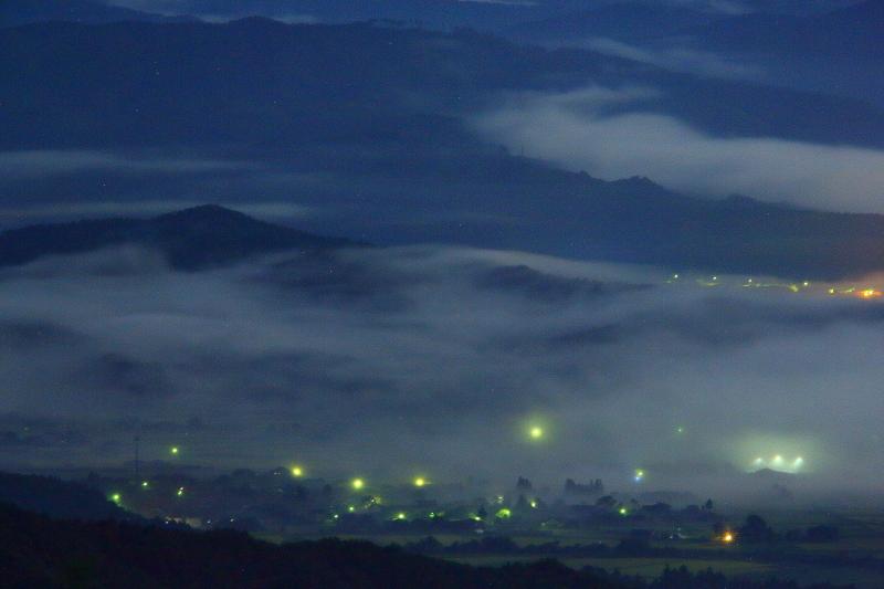月夜の雲海_e0183063_9254586.jpg