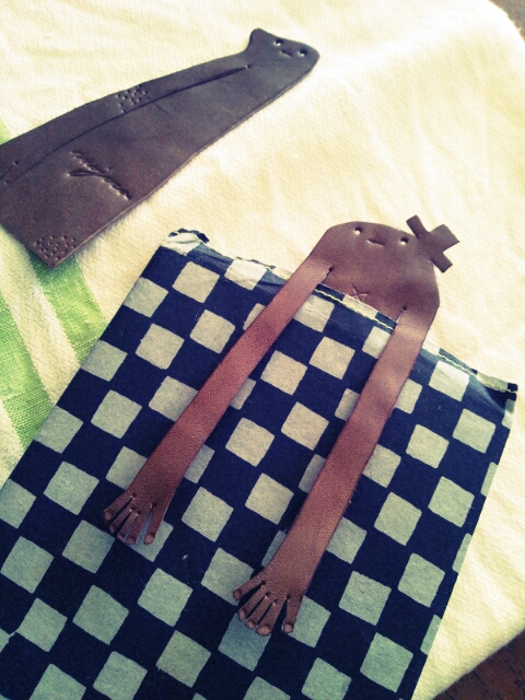 まつしま&グラン・ルーとカレンダーサンプル設置と陶人形となんたら星人_c0246783_1842912.jpg