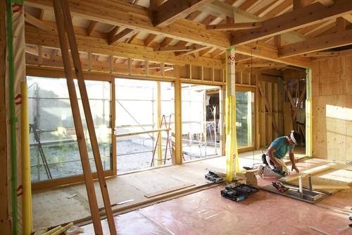 ゼロエネルギーハウス花園町:大型木製サッシ_e0054299_1112434.jpg