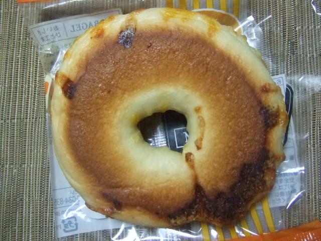 パスコ チーズ_f0076001_2326517.jpg