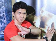 インドネシアを代表するアクション俳優7人(Kapanlagi.com)_a0054926_15545750.png