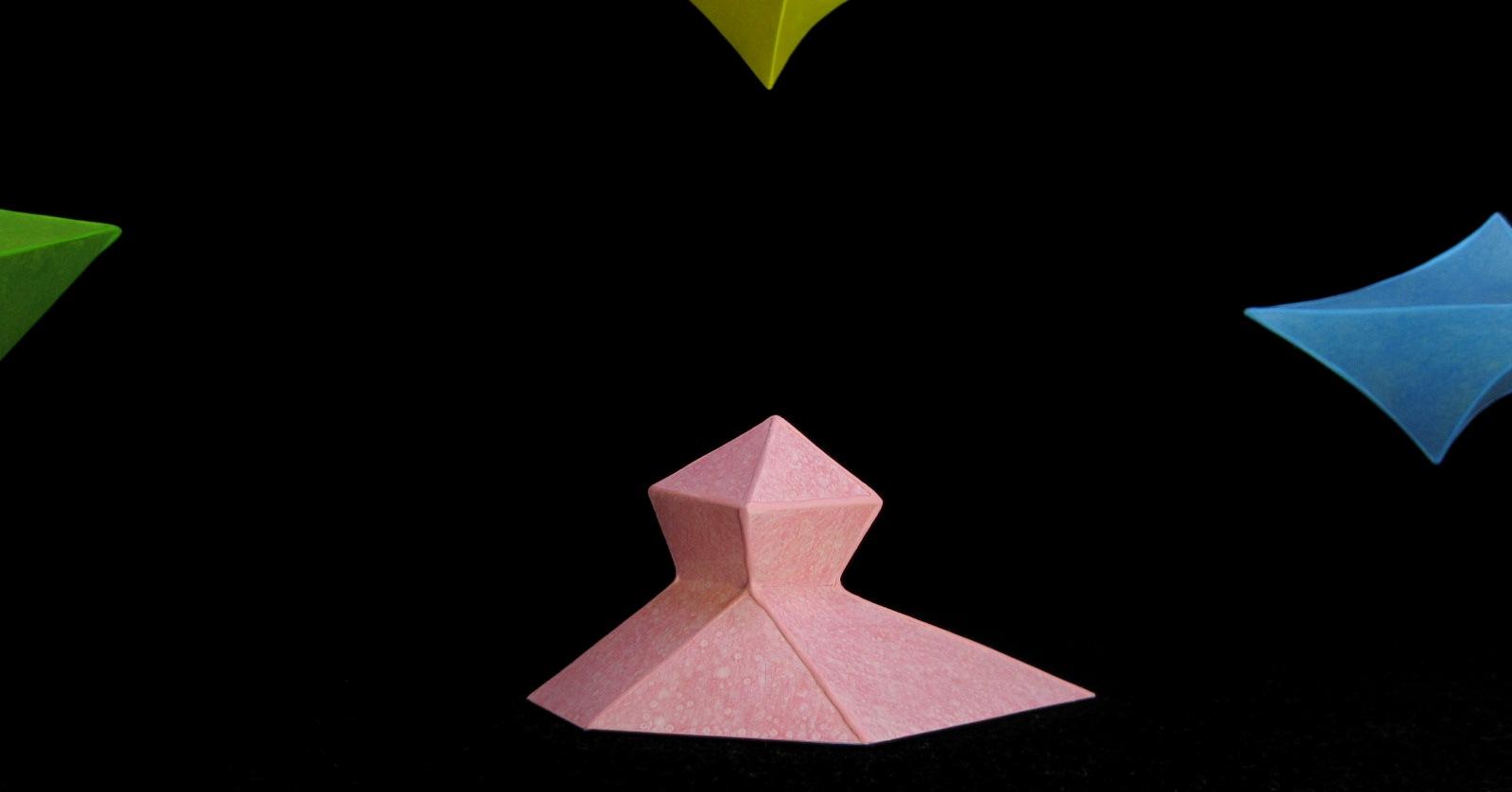 2212)「毛内やすはる<美術作家> [結晶]」 JRタワーARTBOX 9月1日(日)~11月30日(土)_f0126829_90947.jpg