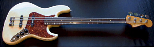 お客様オーダーの「Modern J-Bass #016」が完成です!_e0053731_18453413.jpg
