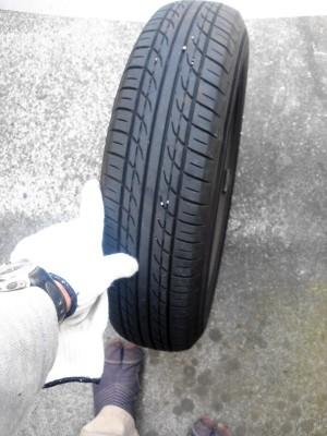 タイヤに釘_c0223192_18505626.jpg