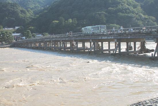 嵐山 渡月橋_e0048413_20142991.jpg