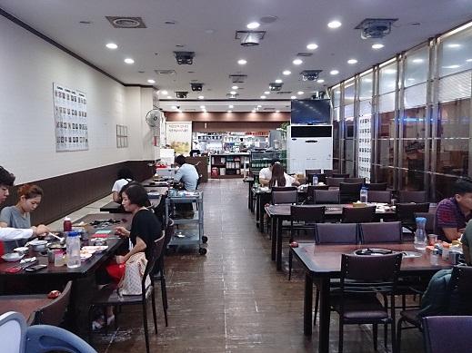 ソウル 老舗のコムタン 河東館(ハドングァン) _b0060363_2364821.jpg