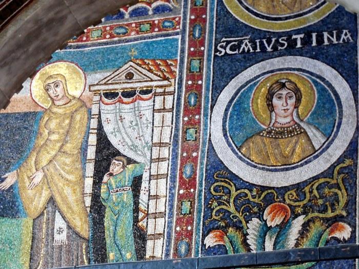 クロアチアの田舎町にあるエウフラシウス聖堂_d0116009_5354247.jpg