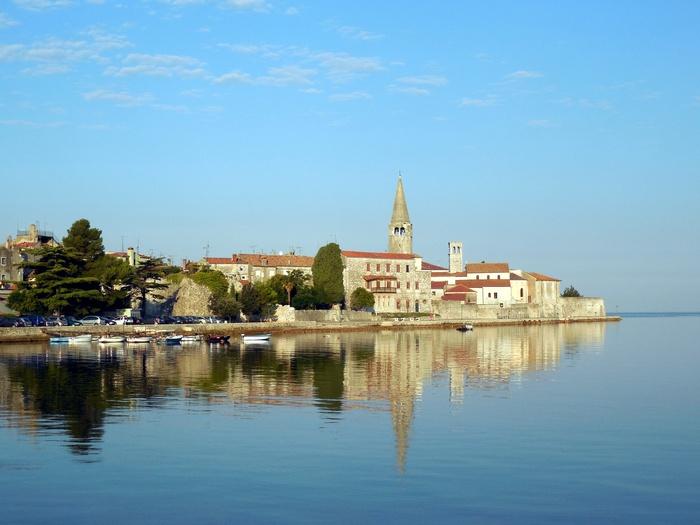クロアチアの田舎町にあるエウフラシウス聖堂_d0116009_553778.jpg